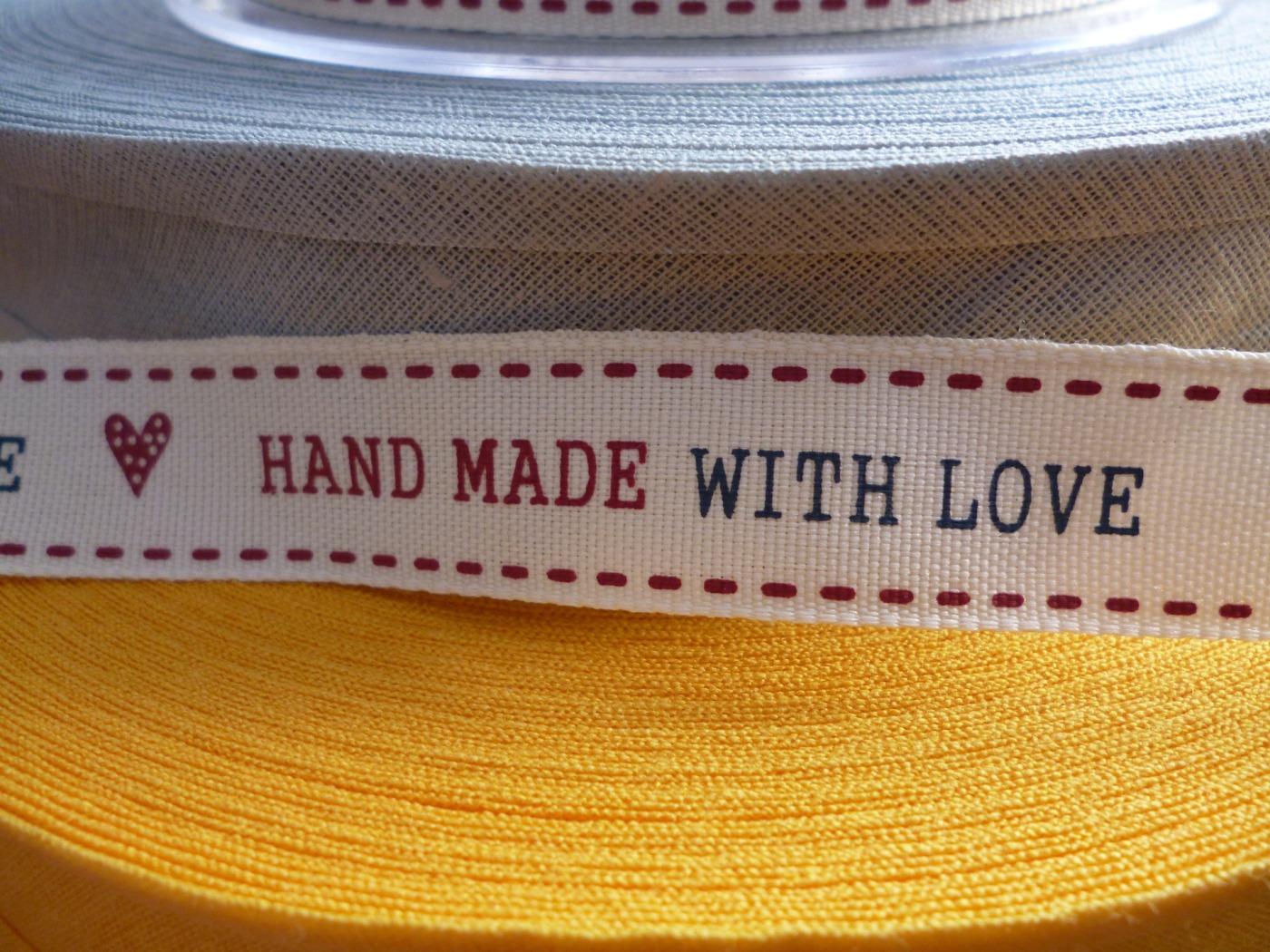 handmade-1153614_1920